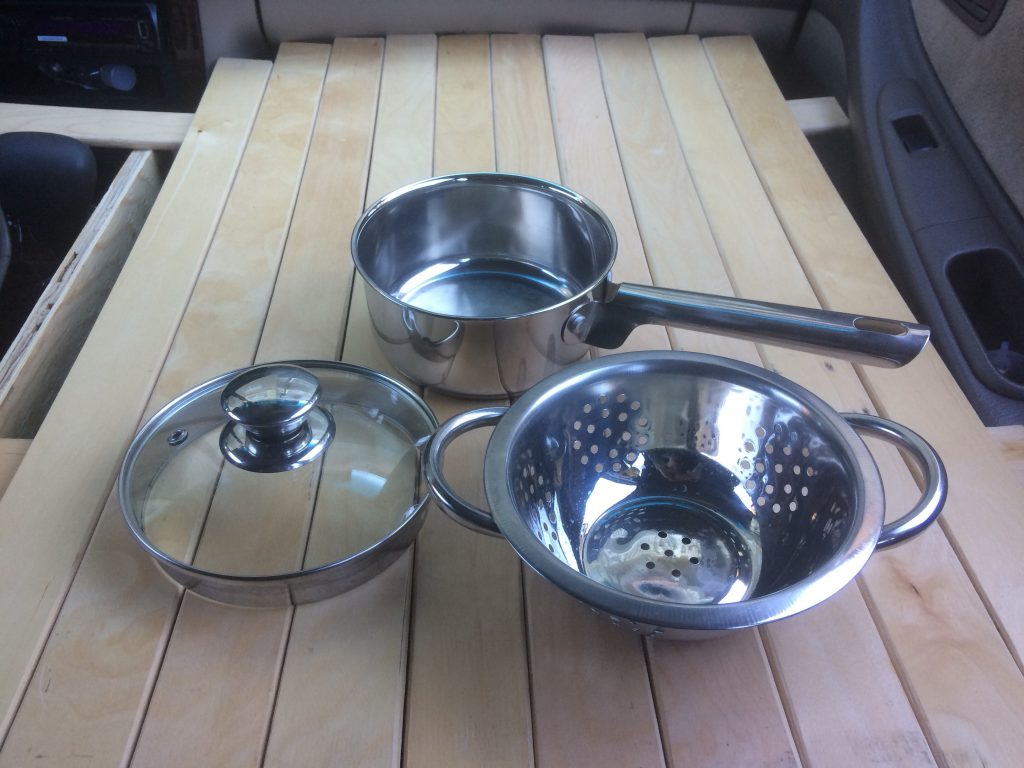 Cooking ware in car